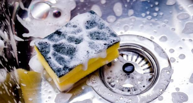 Pomoću ovog trika eliminirat ćete 99% bakterija u spužvici za pranje suđa