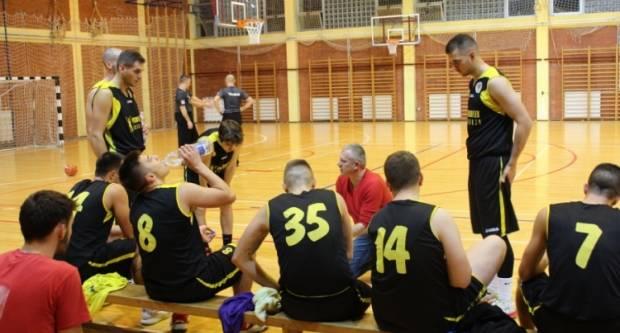 Košarkaši Požege u nedjelju, 26. rujna u 17,00 sati u SD Tomislav Pirc protiv KK Đakovo igraju 1. kolo Kupa Krešimira Ćosića - regija Istok