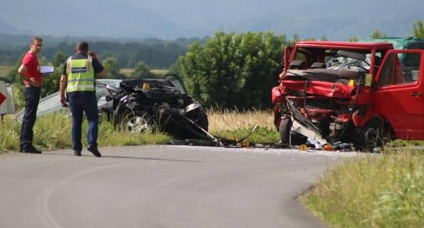U prometnoj nesreći kod Biškupaca smrtno stradao 21-godišnjak