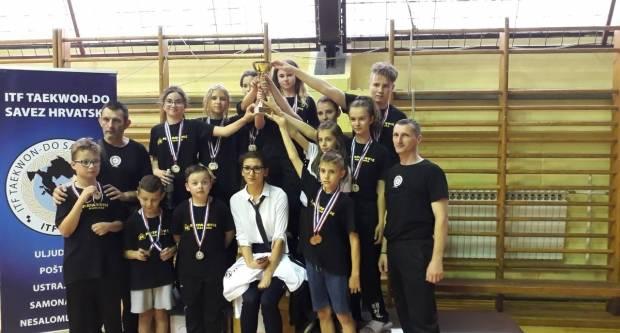 Brodski TKD Klub Ge-Baek kući se vratio s 26 medalja