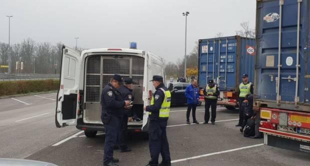 Bosanskohercegovački državljanin vozio kroz našu županiju i zaradio kaznu 10 tisuća kuna, evo što je uradio
