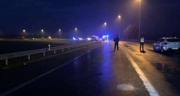 UŽAS NA AUTOCESTI: Preminule tri osobe, policija objavila prve detalje