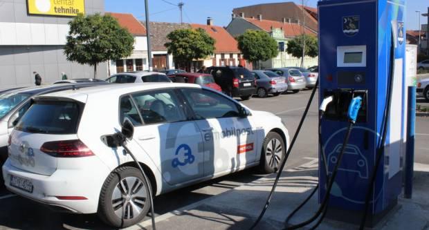 SL. BROD: Nova punionica za električne automobile puštena u pogon