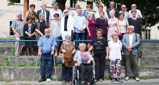 Pakračka gimnazija obilježili 50-godišnjicu mature