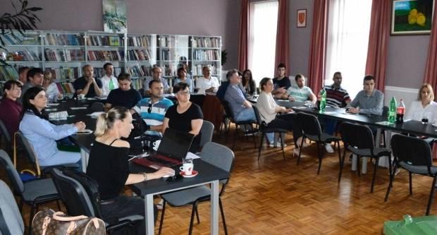 S projektom Reciklažnog dvorišta i važnosti odvojenog prikupljanja otpada upoznati mještani općine Kaptol