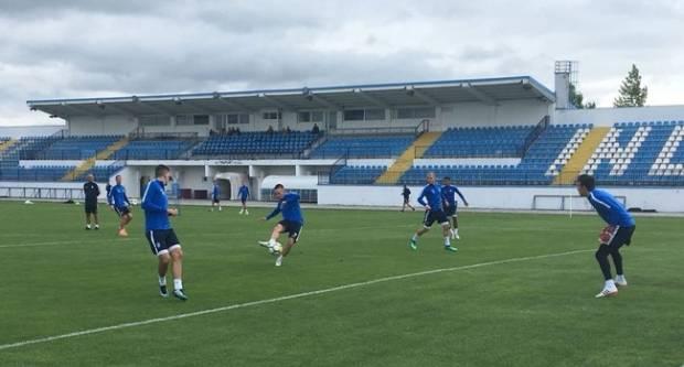 Nogometaši NK Osijeka na pripremama u Velikoj igrali međusobnu utakmicu
