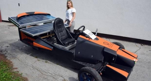Maturantica iz Gradca najljepše dizajnirala solarno vozilo i u utrci pretekla muške konkurente