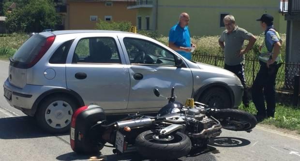 Opet ozlijeđen motociklista, prometna nesreća u Pavlovcima