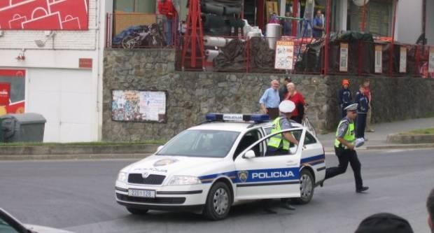 20-godišnjak u Pleternici bježao policiji zbog droge koju je prevozio u autu