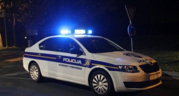 18-godišnji vozač sletio s kolnika noćas u Jakšiću i pobjegao,  pronašli ga kasnije
