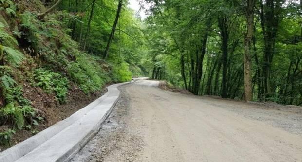 Obavijest posjetiteljima PP Papuk: Počela rekonstrukcija ceste, posebna regulacija prometa