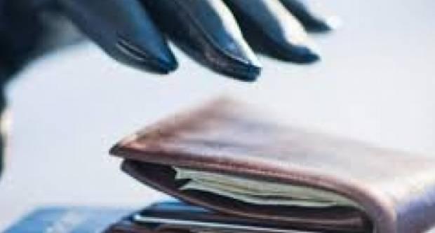 38-godišnjaku provalili u kuću i ukrali novac