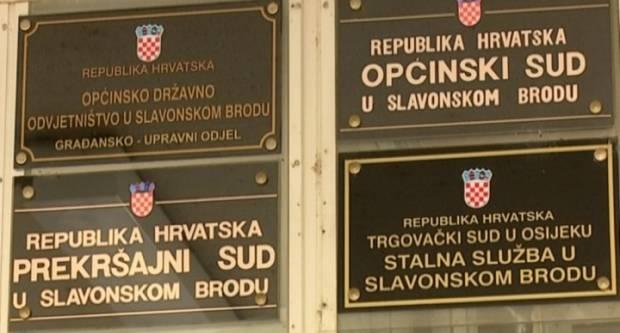 Sud u Sl. Brodu lažirao 2364 riješenih ovrha