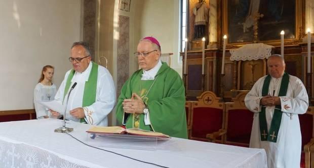 U Vetovu uveden u službu novi župnik
