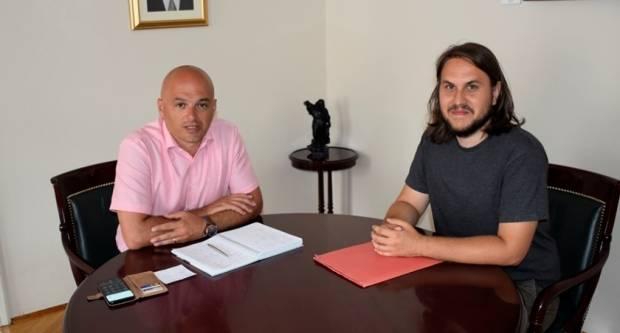 Ljetna škola znanosti u Požegi - gradonačelnik primio organizatora Škole Sebastijana Dumančića