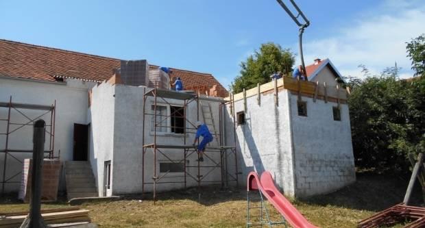 Uređenje doma u Češljakovcima