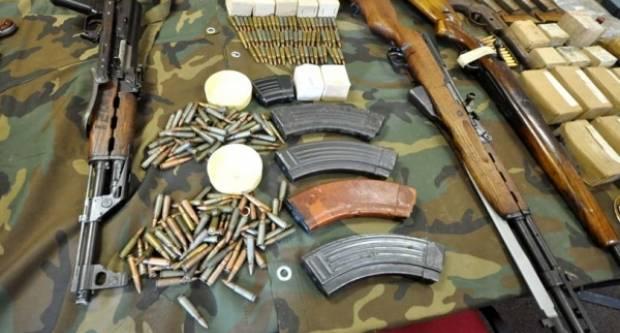 Narušavanje javnog reda i mira u Donjoj Obriježi i dragovoljna predaja oružja u Čaglinu