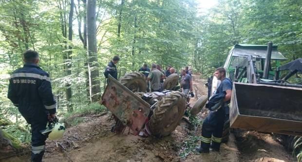 Brestovac: U prevrtanju traktora ozljeđena jedna osoba