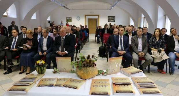 Promocija brošure Udruženja obrtnika: Pisana svjedočanstva pakračkih i lipičkih obrtnika