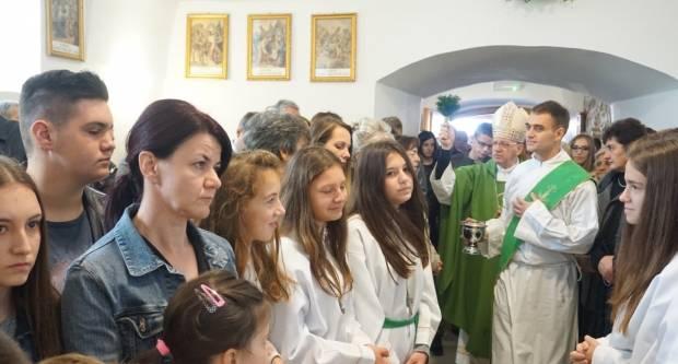 Biskup blagoslovio obnovljenu crkvu sv. Dimitrija u Trenkovu