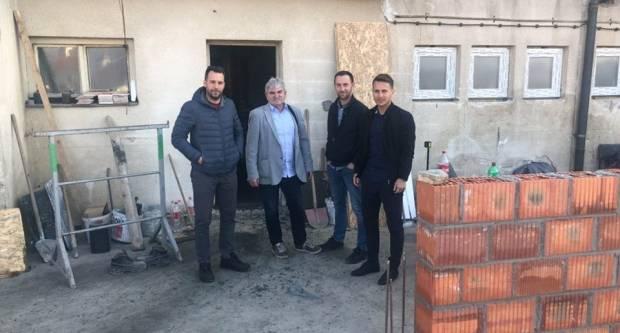 Gradonačelnik Kutjeva Josip Budimir obišao radove na zgradi sportsko-rekracijskog centra