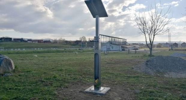 U pakračkoj sportskoj zoni: Postavljen prvi pametni stup za bicikle