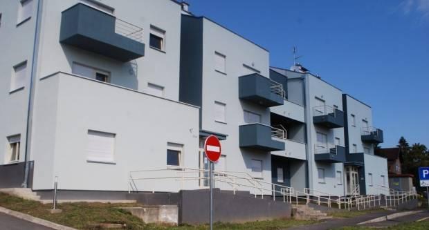 Stambena zgrada na Pilani: Useljeno 15 stanova, praznih 10