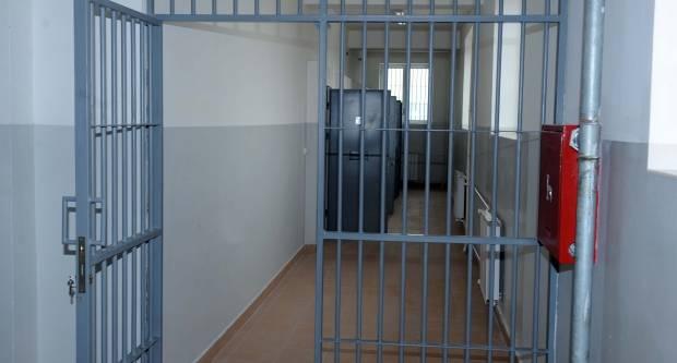 44-godišnjak u Požegi vikao i omalovažavao policijske službenike te prenoćio u policiji