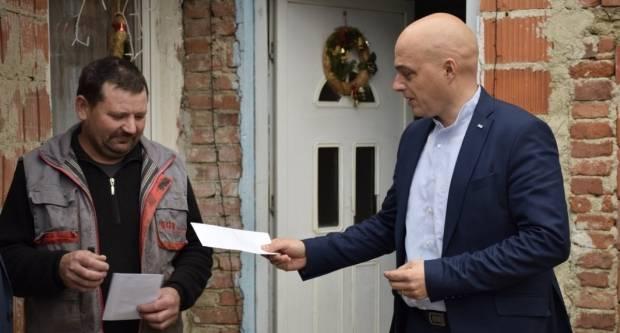 Gradonačelnik darivao obitelj Bešlić iz Požege koja broji 18 članova
