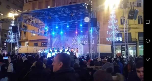 Tambura na Adventu u Zagrebu