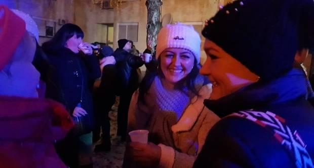 Spektakularan Advent u Lutvinci - Spektakularan dolazak Djeda Božićnjaka (VIDEO)