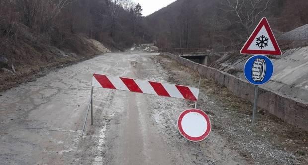 U Velikoj i dalje stoji znak zabrane kretanja za sva vozila prema Jankovcu