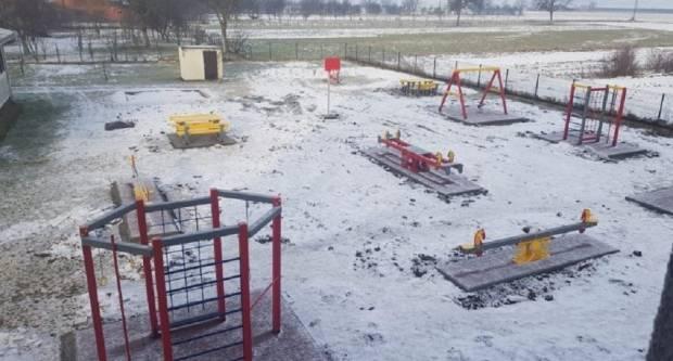 Novo dječje igralište obogatilo Staro Petrovo Selo