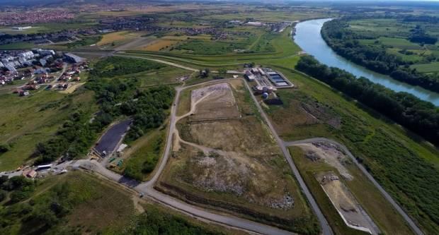 Slavonski Brod jedan je od gradova-primjera na području gospodarenja otpadom