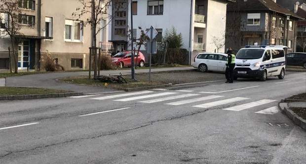 Lakše ozlijeđen vozač mopeda u Požegi