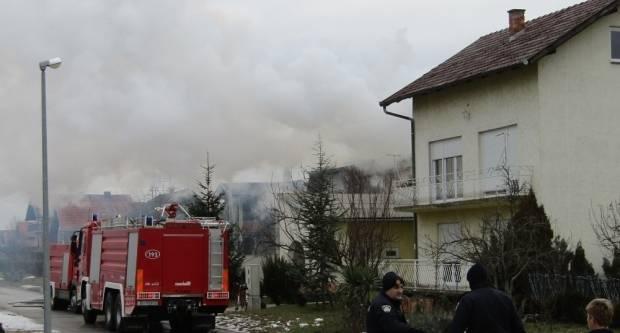 U požaru smrtno stradala ženska osoba