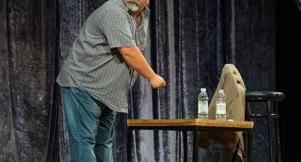"""Nasmijete se uz stand-up komediju Željka Pervana, """"Na komadiću Europe"""""""