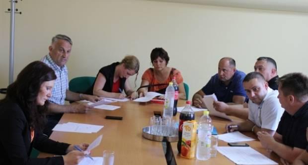 Priopćenje Oporbene petorke Općine Jakšić u vezi prometne nezgode u kojoj su sudjelovale dvije mještanke Jakšića