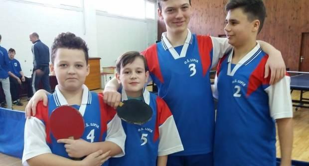 Lipički osnovnoškolci osvojili 1. mjesto na Županijskom natjecanju u stolnom tenisu