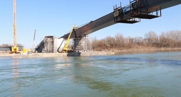 MINISTAR OLEG BUTKOVIĆ U SVILAJU: Očekujem da se radovi na Mostu nastave ovim intenzitetom