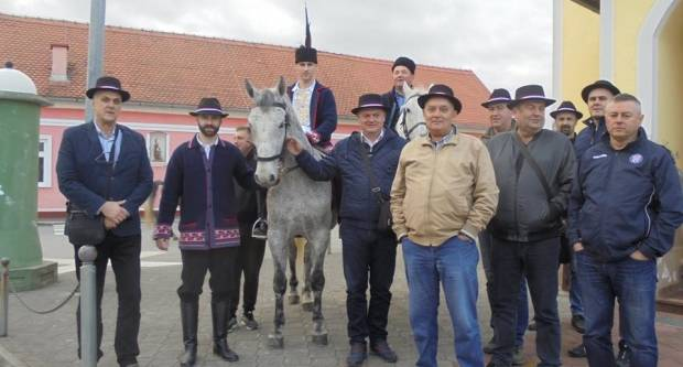 VELIKA FOTOGALERIJA: 8. pokladno jahanje Župe Bučje, 2. 3. 2019.