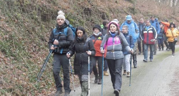 Ugodno duštvo, dobro raspoloženje i planinarska oprema obilježili i ovogodišnje Papučke jaglace
