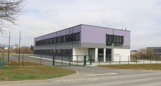 MAZANJE OČIJU BIRAČIMA: U Požegi je teško naći radnike, a sad se ʺočekujuʺ nove tvrtke u Inkubatoru?!