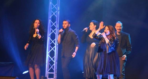 Izvedbom Mjuzikla 80-tih- Broadway-West End otvoren 8. Međunarodni festival harmonike Bela pl. Panthy