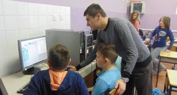 OŠ Braće Radića: Dan darovitih učenika i sudjelovanje u projektu solidarnosti