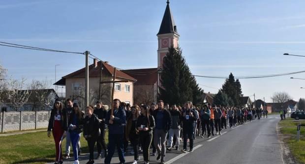(FOTO) Biskupijski križni put mladih, 30. i 31.3.2019.