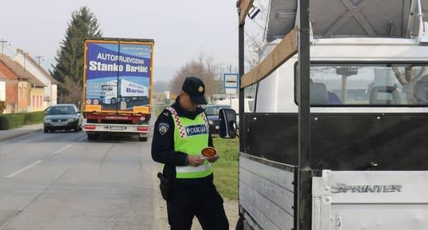 Upravljao za vrijeme dok mu je vozačka oduzeta i pod utjecajem alkohola