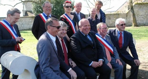 U Coucy le Château postavljena klupa francusko-hrvatskog prijateljstva