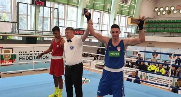 Gabrijel Veočić osvojio je vrlo jaki međunarodni turnir u Bugarskoj