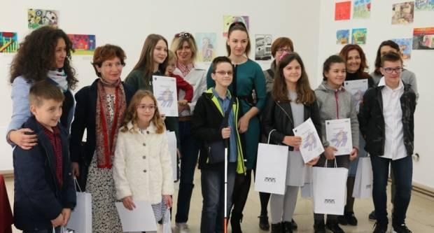 U svijetu bajki; nagrađeni najbolji likovni i literarni učenički radovi